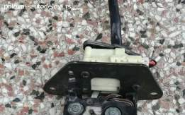 Brava gepeka sa motorom za Alfu 159- limuzina
