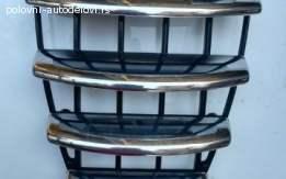 Maska na braniku za Alfu 147