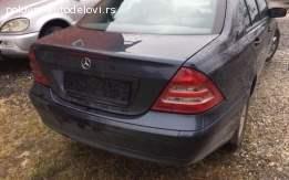 Mercedes-Benz C 220 gepek