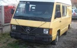 Mercedes MB 100 u delovima
