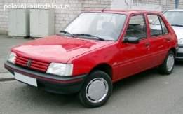 Peugeot 205 kompletan auto u delovima