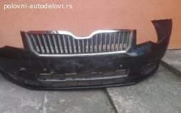 Prednji branik Škoda SuperB 2014