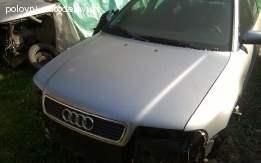 Prodajem masku branika sa znakom za Audi A4 B5 1,8 benzin