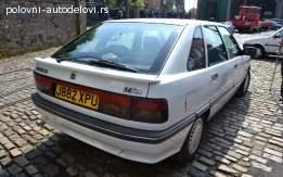 Renault 21 kompletan auto u delovima