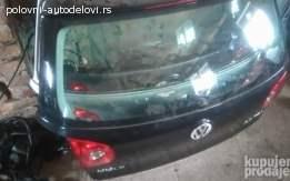 VW Golf 5 Delovi